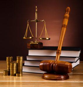 به تعویق انداختن قضاوت